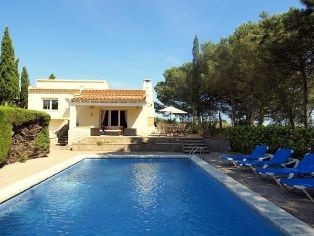 Location villas costa brava avec piscine et vue mer ab for Location villa espagne avec piscine privee costa brava