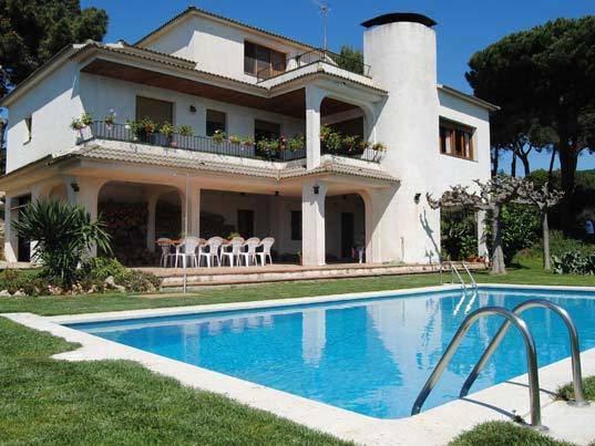 Locations pour les vacances de villas avec piscine - Maison a louer barcelone avec piscine ...