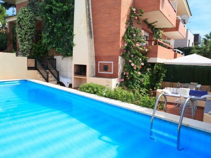 villa avec piscine prive louer pour 10 personnes salou - Location Maison 10 Personnes Avec Piscine