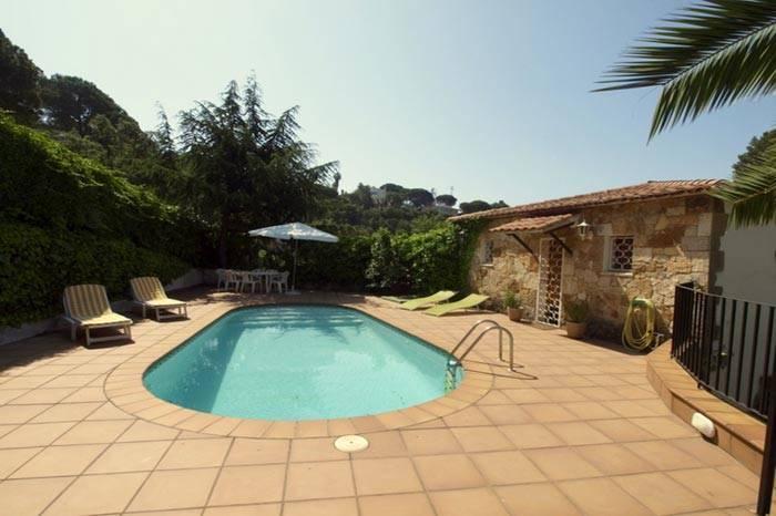 Location maison avec piscine priv e lloret de mar for Location maison tossa de mar avec piscine
