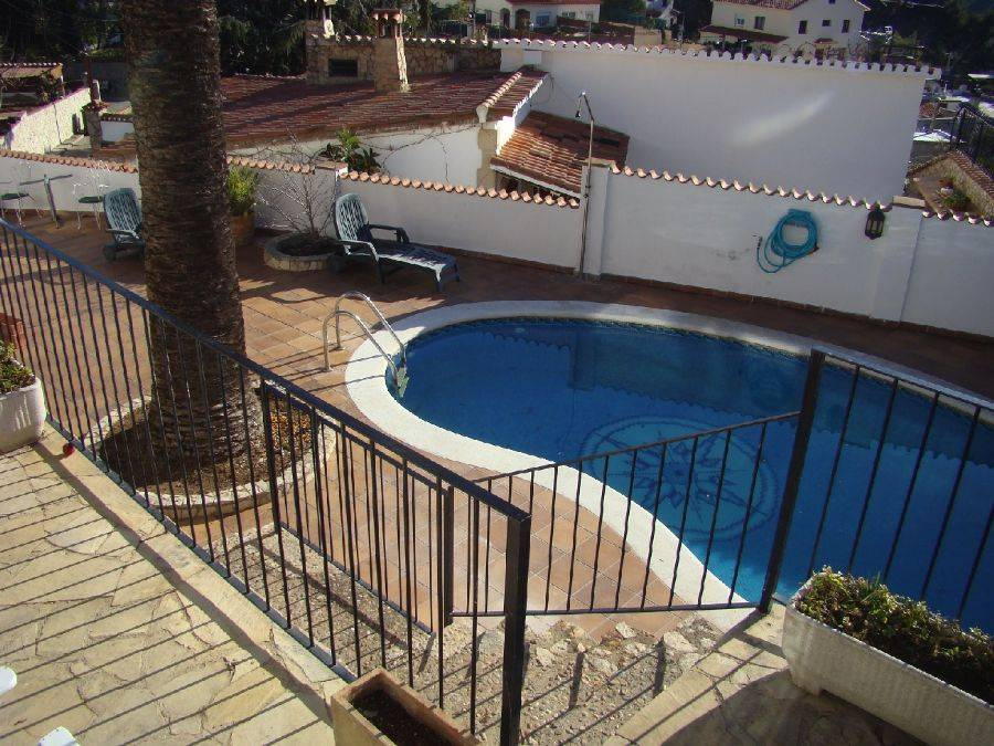 Maison avec piscine pour 10 personnes tossa de mar for Location maison tossa de mar avec piscine
