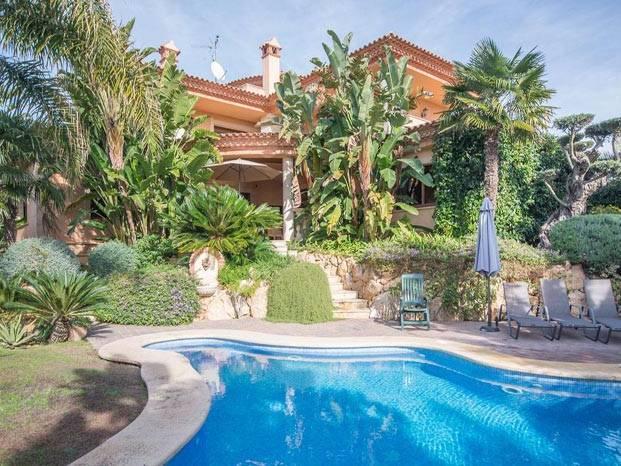 villa de luxe tamarit un oasis priv en bord de mer