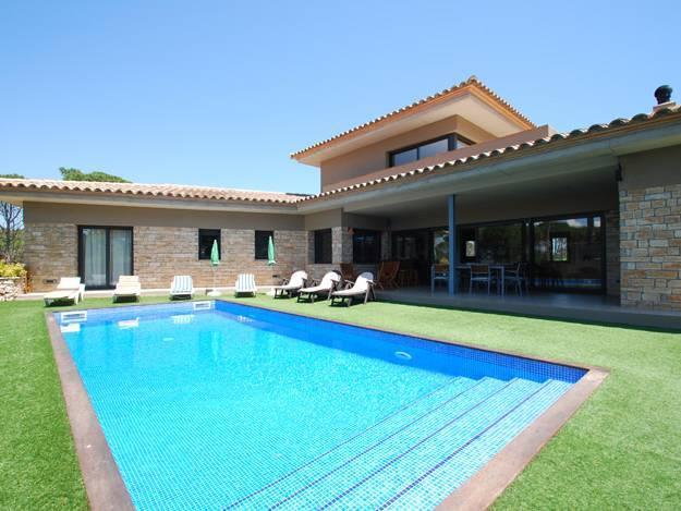 Quelques liens utiles for Villa avec jardin et piscine