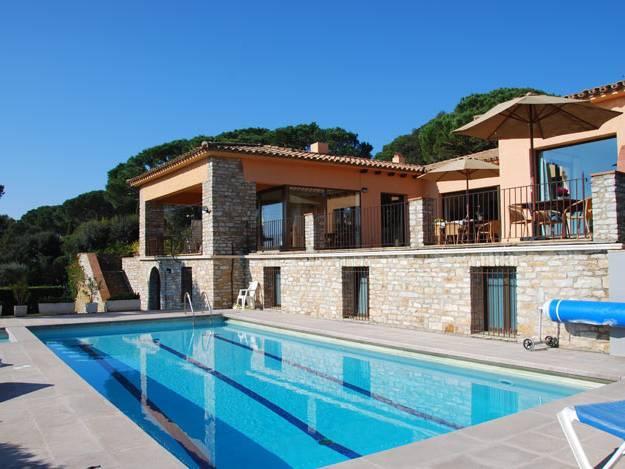 Location de vacances dans la r gion begur pals location for Location villa espagne avec piscine privee costa brava