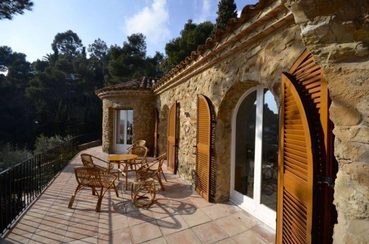 Charmante maison avec piscine priv e louer begur for Location villa espagne avec piscine privee costa brava