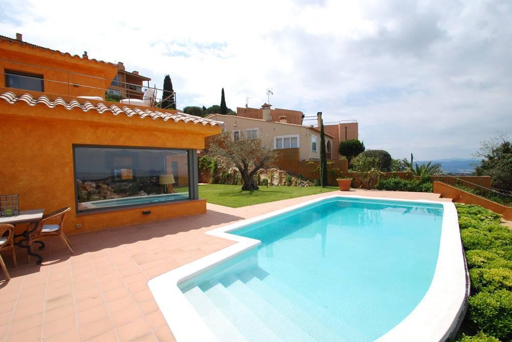 Villa avec belle vue mer louer begur costa brava - Location begur avec piscine ...