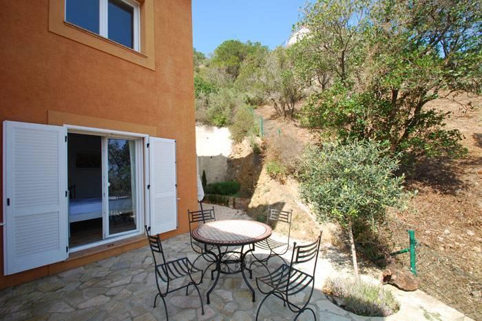 Villa de vacances pour 8 personnes avec piscine begur for Location villa espagne avec piscine privee costa brava