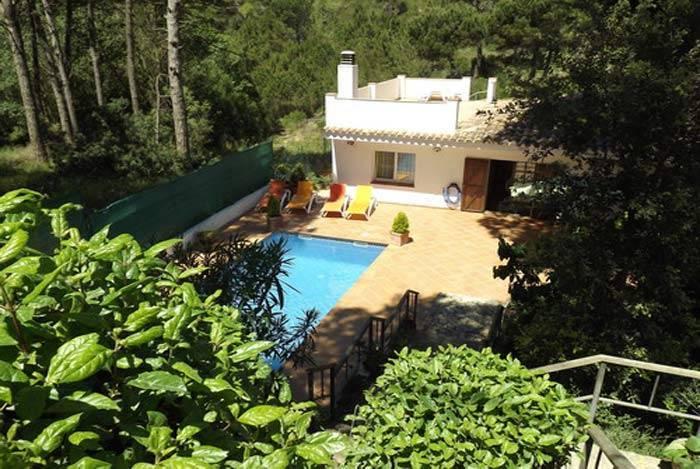 Location maison semi adoss e avec piscine priv e begur - Location costa brava avec piscine ...
