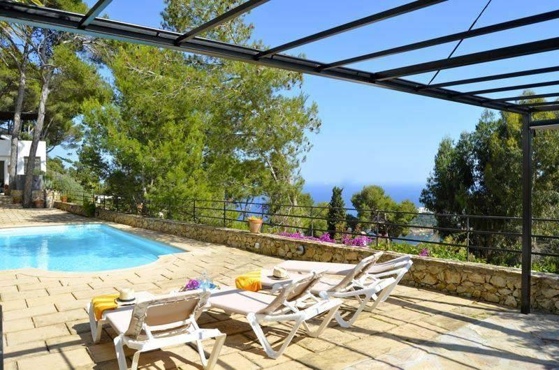 Villa de vacances avec piscine situ e aiguablava begur - Location begur avec piscine ...