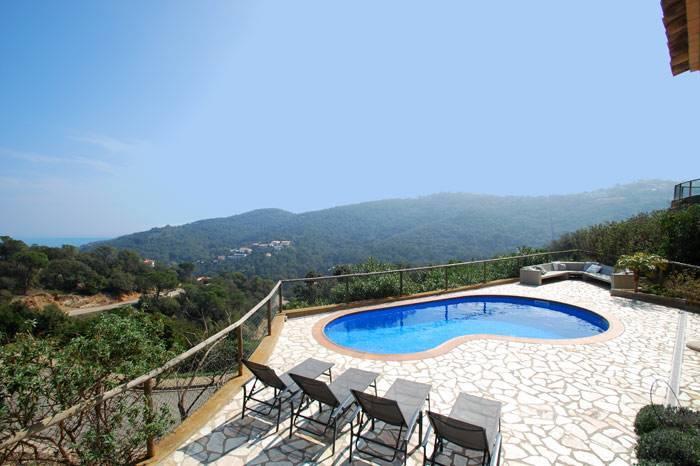 Villa de vacances pour 8 personnes avec piscine begur - Location costa brava avec piscine ...